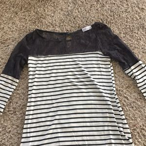 Tops - Striped lace shirt